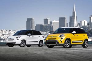 2017-Fiat-500L-Lounge-and-2017-Fiat-500L-Trekking-front-three-quarter