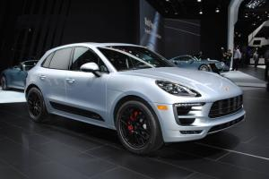 2018 Porsche Macan detroit 2016 porsche macan gts gtspirit  Features Photo